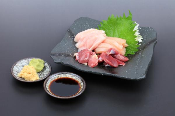 西中島南方の鶏刺身を出す店 阿波座チキンは7/3の営業を開始いたしました。